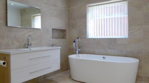 F S bath